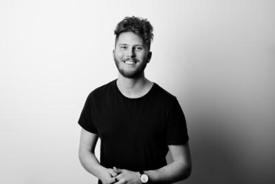 Frilansfotografen och filmskaparen Kristoffer Pettersson bildar bolaget Stoffe Pettersson Media AB