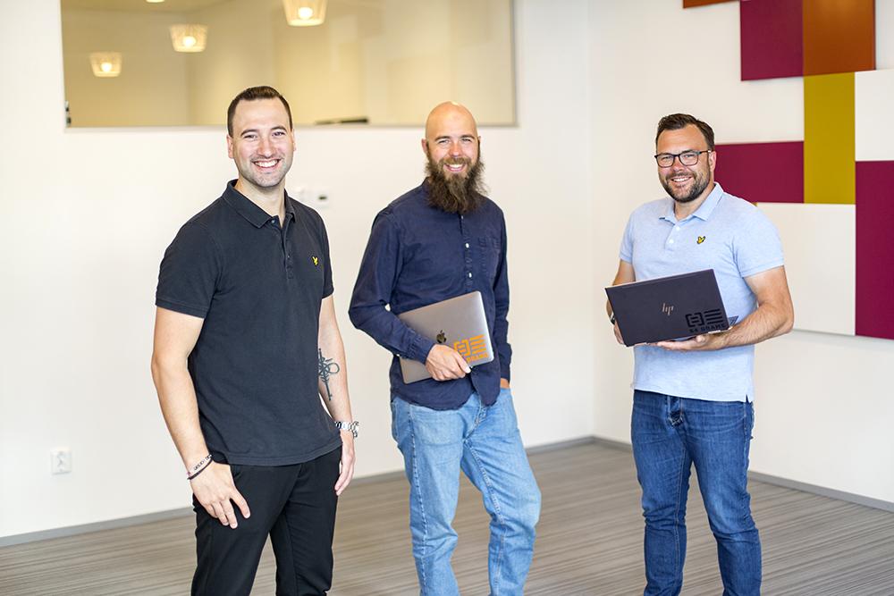 84 Grams, den snabbast växande internetleverantören av företagstjänster i Umeås stadsnät. På bild: Navid Haghjo, vd, Emil Westrin, försäljningschef, och Ulrik Kärrman, teknisk chef.